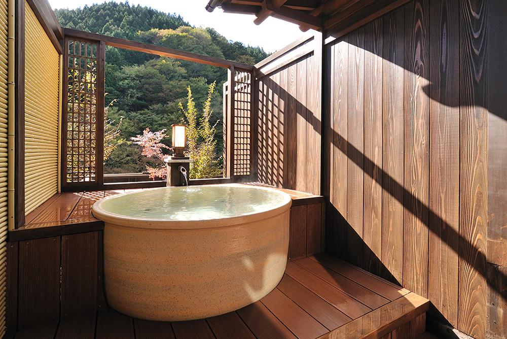 【樅】信楽焼の露天風呂付き客室メイン画像