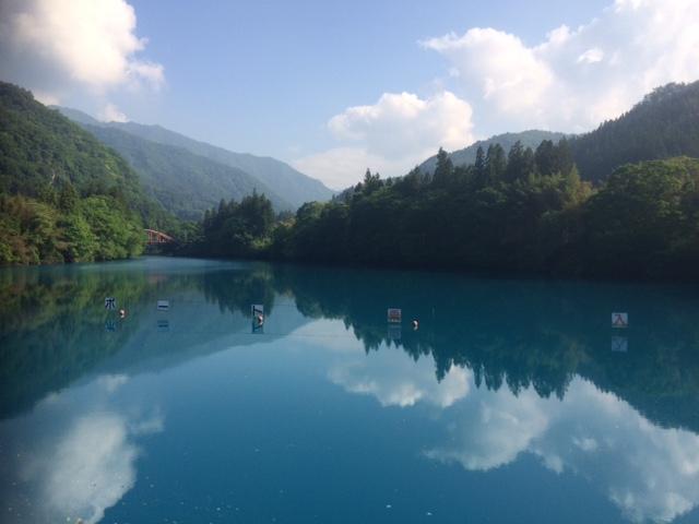 初夏の四万湖