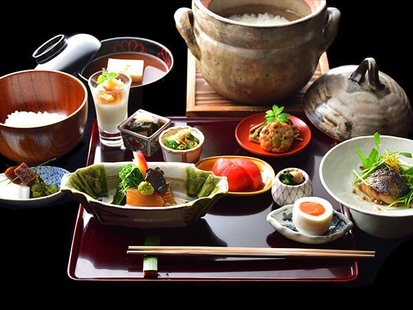佳元の朝食〈萌黄の朝〉